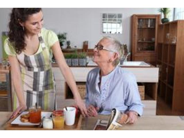 Caring for the elderly in Aurora, Illinois