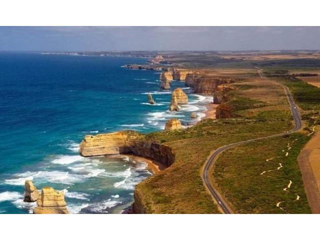 Discover the enigmatic and exciting Australia only with Great Ocean Private Tour