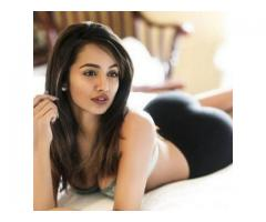 A classy Delhi call girl has a killer combination of beauty with brain